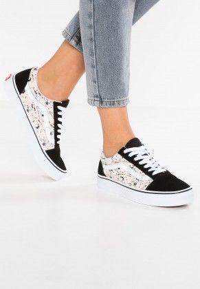 97e65beea87 Vans Peanuts Old Skool Footwear Low Of Black For Men Women