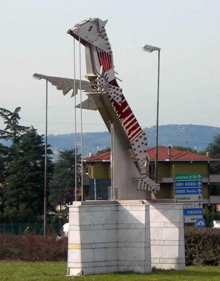 """""""Pegaso"""" 1999, Monumento in Piazza XX Novembre, Sesto Fiorentino (Fi)"""