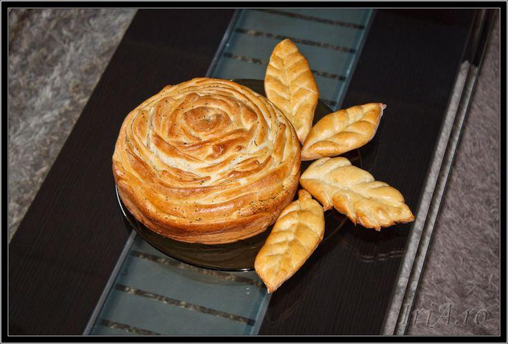 paine floare cu unt aromat