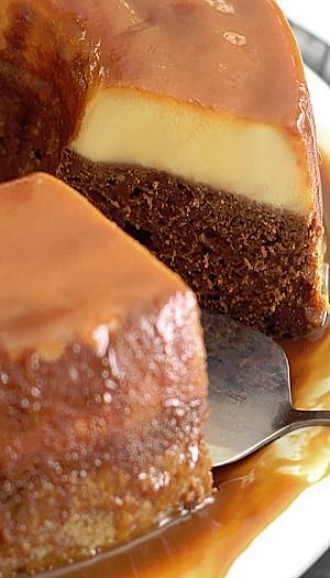 Magic Flan Cake - Le gâteau magique au cacao mais au flan caramel, au cream cheese et lait concentré sucré