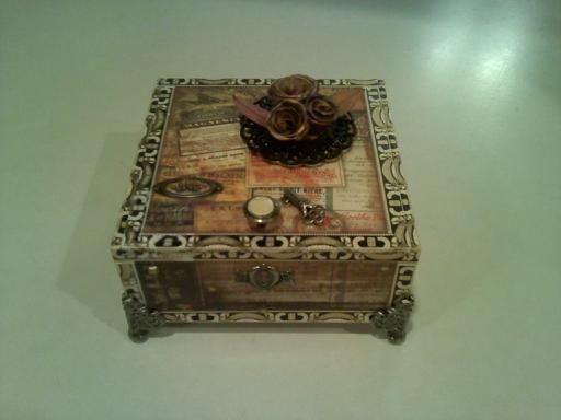 Cigar Box Projects | Altered Cigar Box