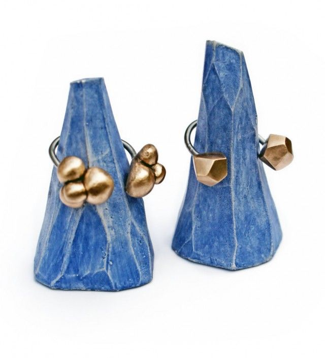 If you have a lot of rings, storing them might be a problem. Look no further, we have a great solution for you! These Iceberg Ring Cones are designed and handmade by Anna Siivonen, and are sold as a pack of two.-Nordic Design Collective