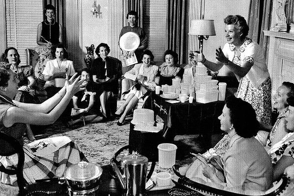 A Tupperware party in the 1950s. Photo: ABC