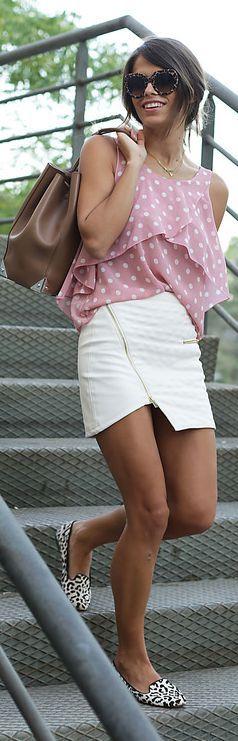Cute fun outfit.