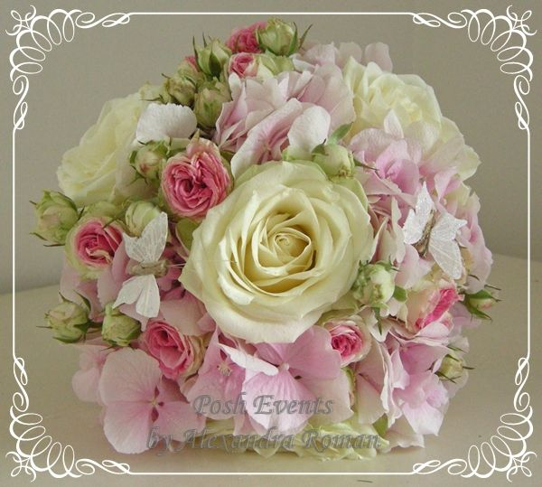 1_3647_buchet_mireasa_hortensie_trandafiri_miniroze