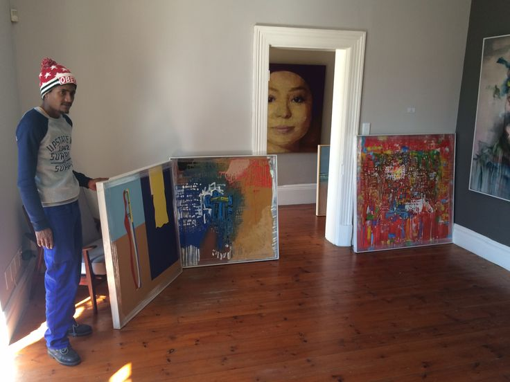 New Kofi Agorsor works arrived in the gallery from Maxwoods Framers. #christophermollergallery #maxwoods #KofiAgorsor
