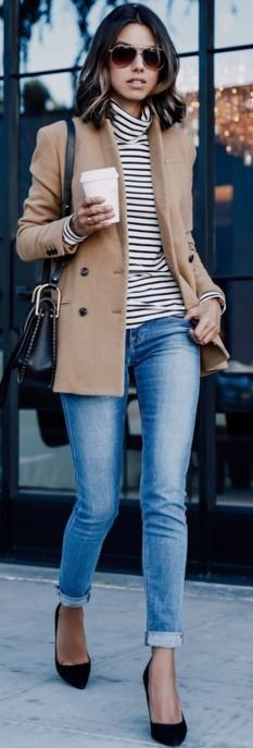 Horizontal stripes will always make for a trendy and stylish look. Annabelle Fleur wears a cute striped polo neck top with simple and authentic cropped denim jeans and a beige overcoat; an easy fall style.  Shoes: Nine West. #horizontal