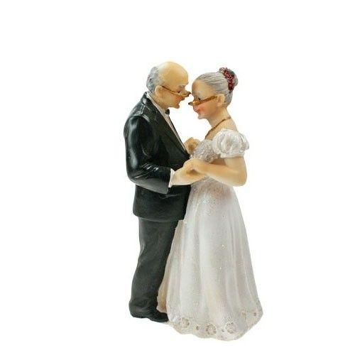 Figurine gâteau 7,99€ chez esprit de fete