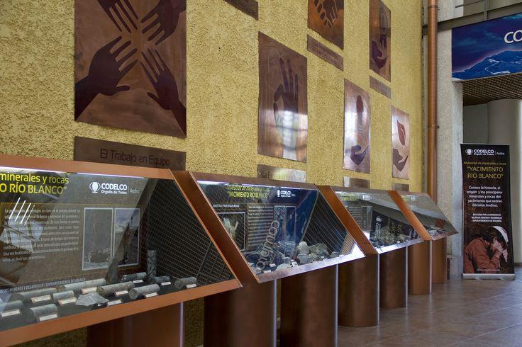 Codelco Andina exhibe muestra geológica en Los Andes http://www.revistatecnicosmineros.com/noticias/codelco-andina-exhibe-muestra-geologica-en-los-andes