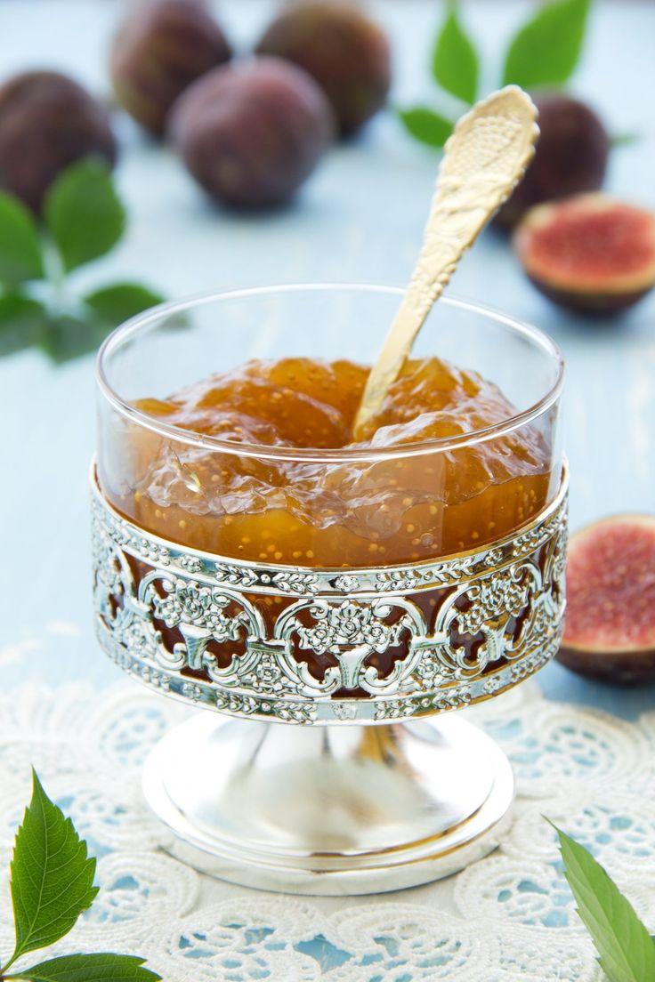 Découvrez comment réaliser cette excellente confiture de figues blanches, variété de figue tout aussi goûteuse que la figue violette.…