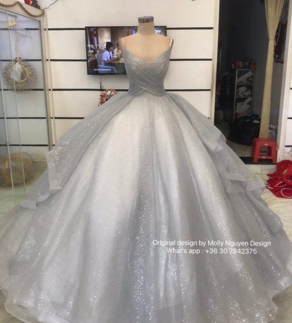 Aurora Inspired Gown Sleeping Beauty Costume Aurora Etsy In 2020 Ball Gowns Pretty Quinceanera Dresses Gowns
