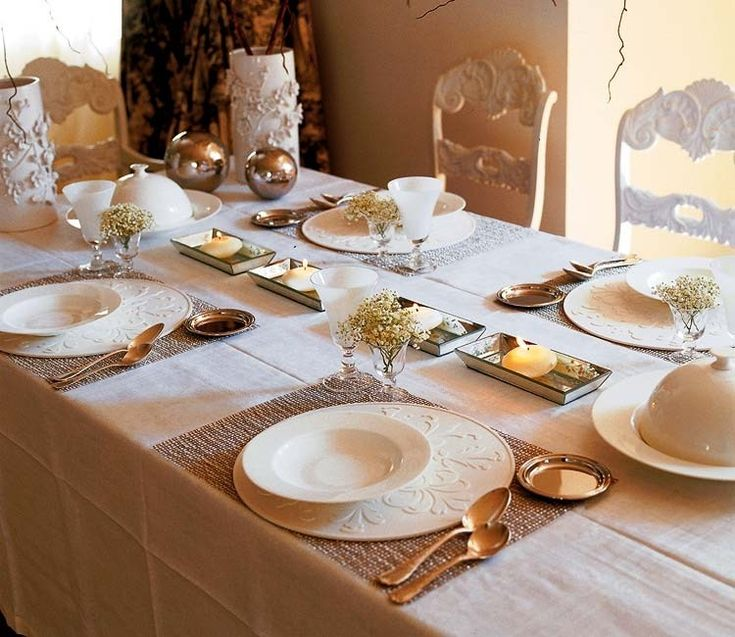 Gold and white dining room decor. Decoholic. http://www.kenisahome.com
