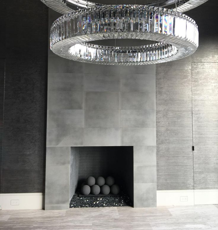 Heather and Terry Dubrow from Real Housewives #RHOC House in Orange County in California. Fantastic chandelier!