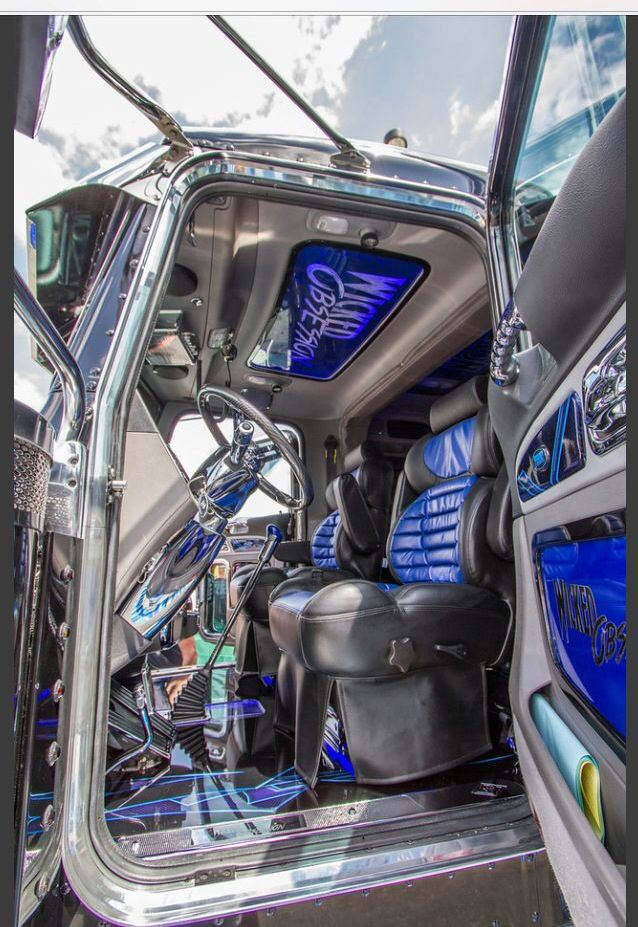 53 Best Images About Big Rig Interior On Pinterest