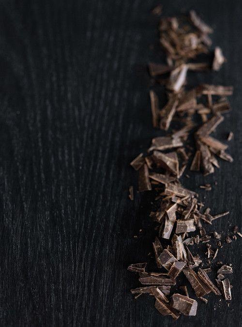 Biscuits moelleux aux brisures de chocolat - remplacer oeufs par bananes, 1/2 tasse de sucre seulement.