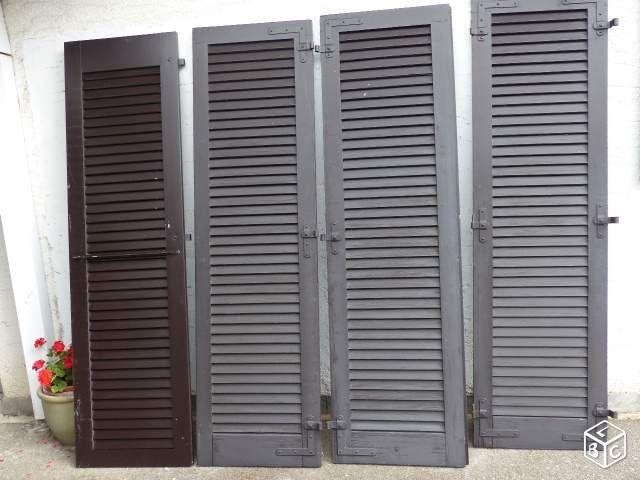 volet persienne castorama great pers portes de placard plus with volet persienne castorama. Black Bedroom Furniture Sets. Home Design Ideas