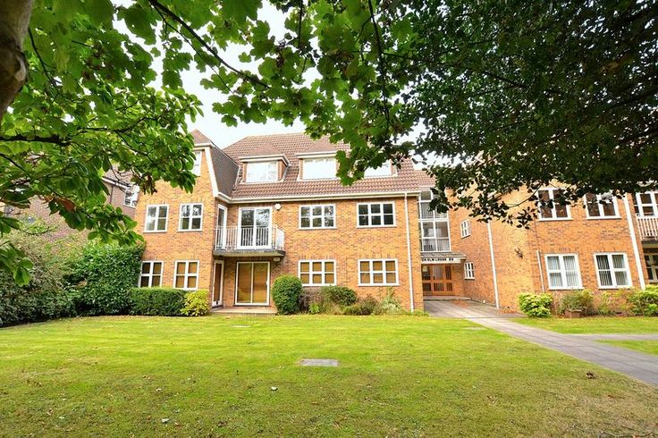 2 Bed, 2 Bath Apartment  #Bromley   http://www.vincentchandler.co.uk/properties-for-sale/property/7222377-london-lane-bromley