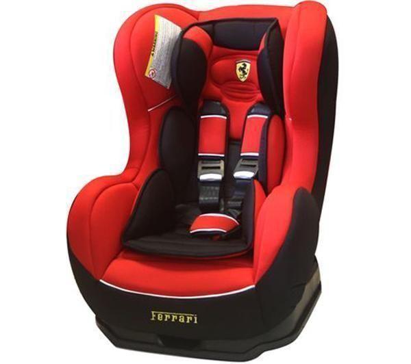 Ferrari Seggiolino Auto Gruppo 0+/1 Cosmo SP Furia Comodo, il Cosmo SP è dotato di un cuscino poggiatesta e di una cinghia a 5 punti regolabile. Fai sentire il tuo bambino un vero campione!