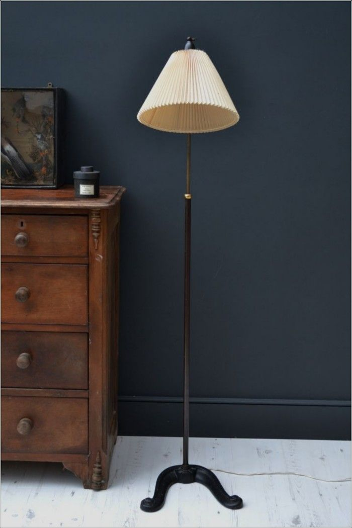 Beautiful Vintage Floor Lamp Inspirations (135 Photos) https://www.futuristarchitecture.com/8503-vintage-floor-lamps.html
