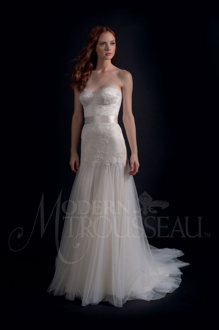 flowing tulle skirt wedding dress - Modern Trousseau Fall 2016 Wedding Dresses | itakeyou.co.uk #weddinggown #weddingdress:
