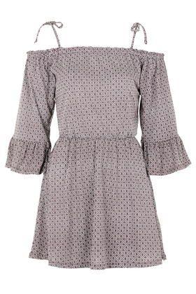 Gypsy-Kleid mit geometrischem Print und Trompetenärmeln