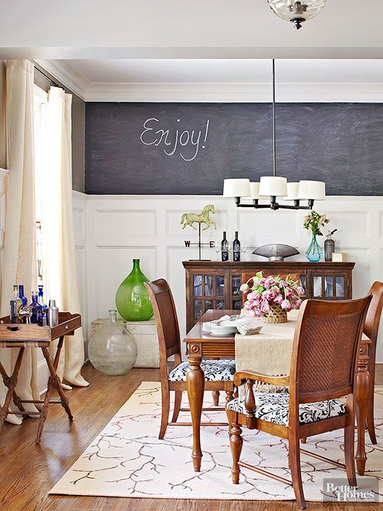 This homeowner decided to turn her dinner menu into a decorating statement.