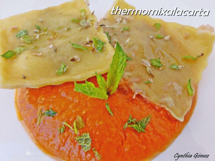 Ravioli de Berenjena con Salsa de Tomate