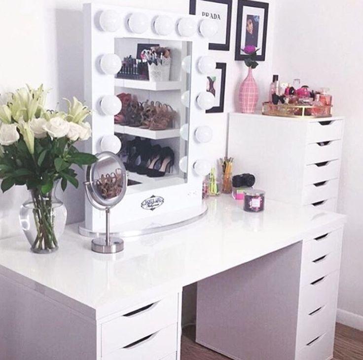1000 ideas about ikea vanity table on pinterest vanity for Vanity table near me