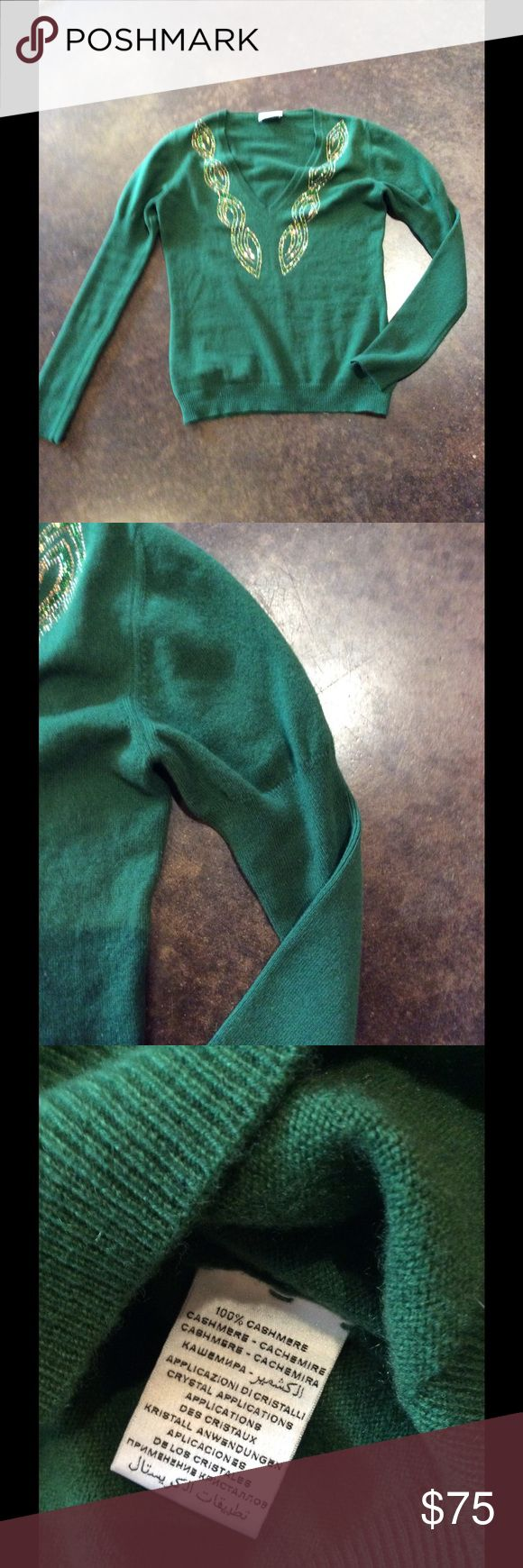 Monica Mastella Green with crystals 4-5 Ply Cash L Beautiful and perfect worn with no problems. This is a small designer in Treviso Italy. Home of prosecco yummmm.... best for an 8-10. No trades price is firm offers not accepted monica mastella Sweaters V-Necks