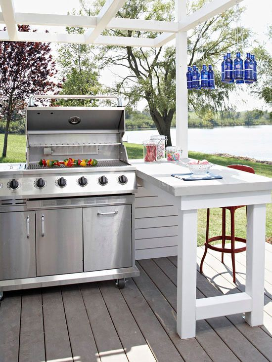 Gives the cook a place to prep AND guests and place to hang out with him/her, then to eat! Love it! 30 Awesome Outdoor Kitchens @styleestate