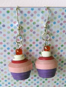 Quilled cupcake earrings! Instructions at http://www.bellaonline.com/articles/art15760.asp