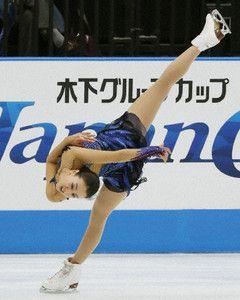Patinação artística: Asada conquista 1º lugar no Japan Open