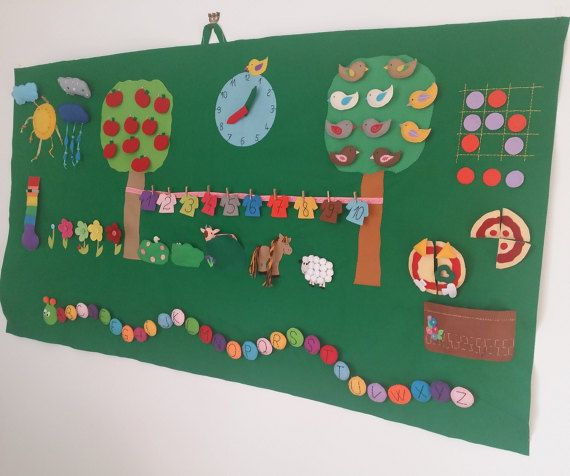 Giant Montessori Wall Board, Activity Homeschool Decor, Montessori Materials, Interactive Learning Toy, Kindergarten Educational Felt Board This large felt board is made for a kindergarten and it was a personalized one, filled with many activities. The size - almost 6.56ft x 3,28ft ( 2 m x 1m). Many pieces are detachable: the clouds, the apples, the birds, the pizza and the tic tac toe circles, the letters from the caterpillar, the cow, the duck and the pig, the clothes. The kids can play…