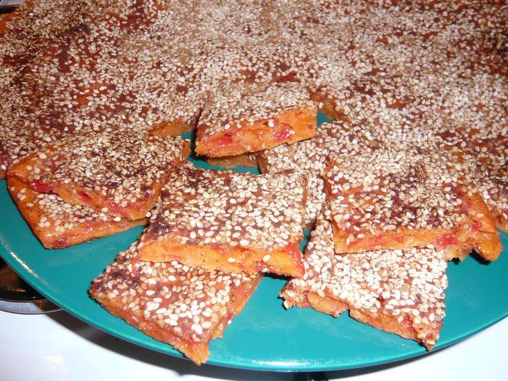 Karpouzopita (gâteau à la pastèque) de l'île de Milos Karpouzopita (dolce all'anguria) dell'isola di Milos Καρπουζόπιτα Μήλου http://recetteshippocratiques.unblog.fr/2013/06/27/karpouzopita/