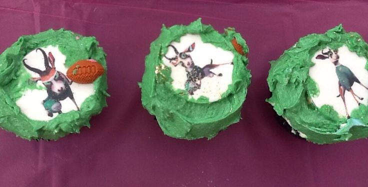 Springbok cupcakes - you can get the idea bet fell over in the boot in transport together with 200 more cupcakes