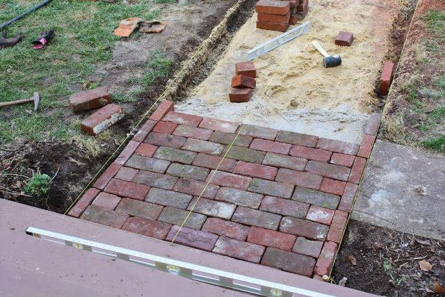 Diy brick walkway outdoors pinterest brick pathway for Diy brick projects