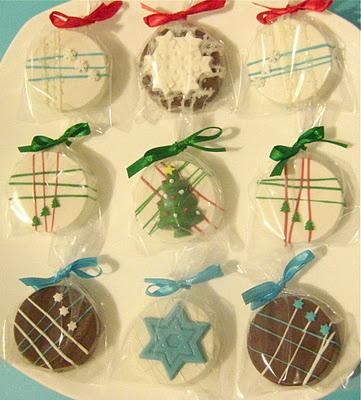 Chocolate Covered Holiday Oreos