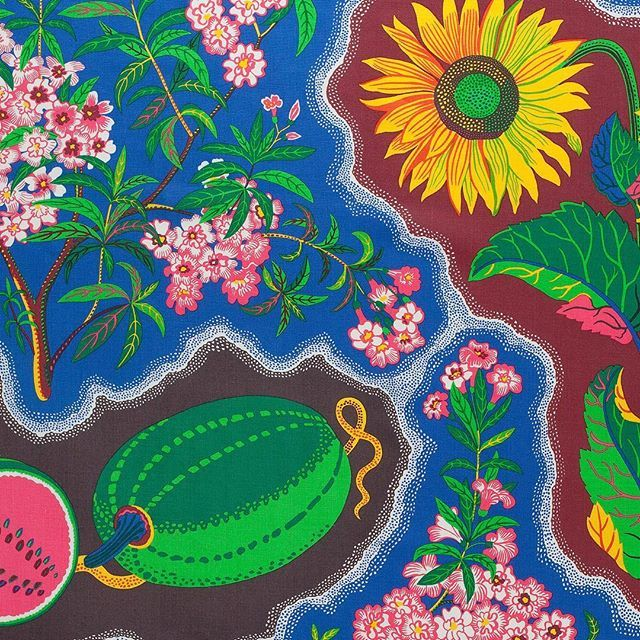 "This Swedish print one of many designed by the late Josef Frank is nearly a century old but relevant as ever today. ""He believed that what draws a room together is not coordinating objects but the person who has chosen and loves them. Its a very contemporary way of thinking"" explains Dennis Nothdruft curator at the @fashiontextilemuseum in London where the designers first dedicated British display opens this weekend. Here a print Frank created in the 1940s. ""He had a great interest in…"