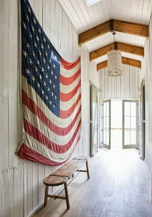 """What says, """"I love this country"""" more than proudly displaying an American flag for all to see? While sometimes it can look kitschy, it can also be a stunning way to show your love for the good 'ol USA**. Whether it's a huge oversized flag or a more subtle nod to the US of A, these rooms feature the Star Spangled Banner in a way that does all of us proud."""