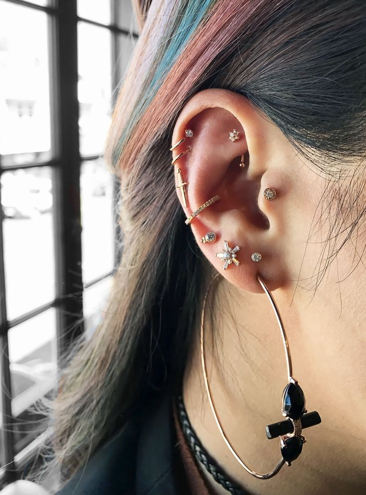 The Raddest Multiple Ear Piercing Combinations To Copy Now+#refinery29