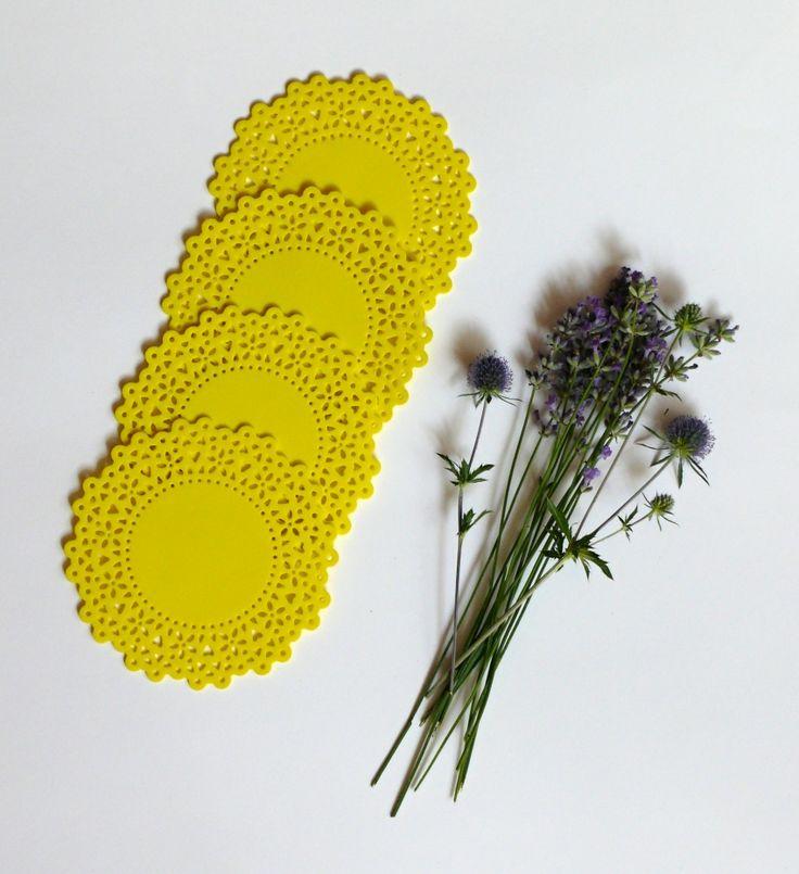 Podložka+pod+hrneček+citrónová+Podšálky+jsou+vyrobeny+z+pěnové+gumy+-+lze+tedy+velmi+dobře+udržovat+čisté,+můžete+otírat+vodou,+velikost+11,8+cm.+Cena+za+1+ks.