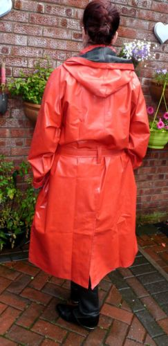 superb-mans-SBR-red-black-rubber-raincoat-mackintosh-double-weight-hooded