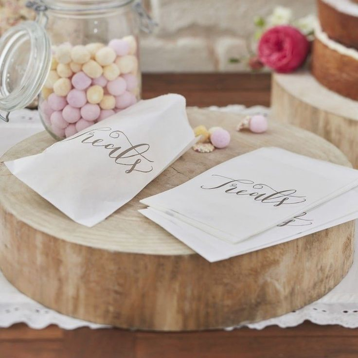 These gorgeous vintage white candy bags make the perfect addition to any wedding or party Invite your family and friends to take some lovely treats