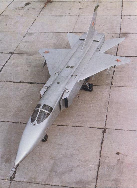 Sukhoi T6 - stage between Su 15 and Su 24