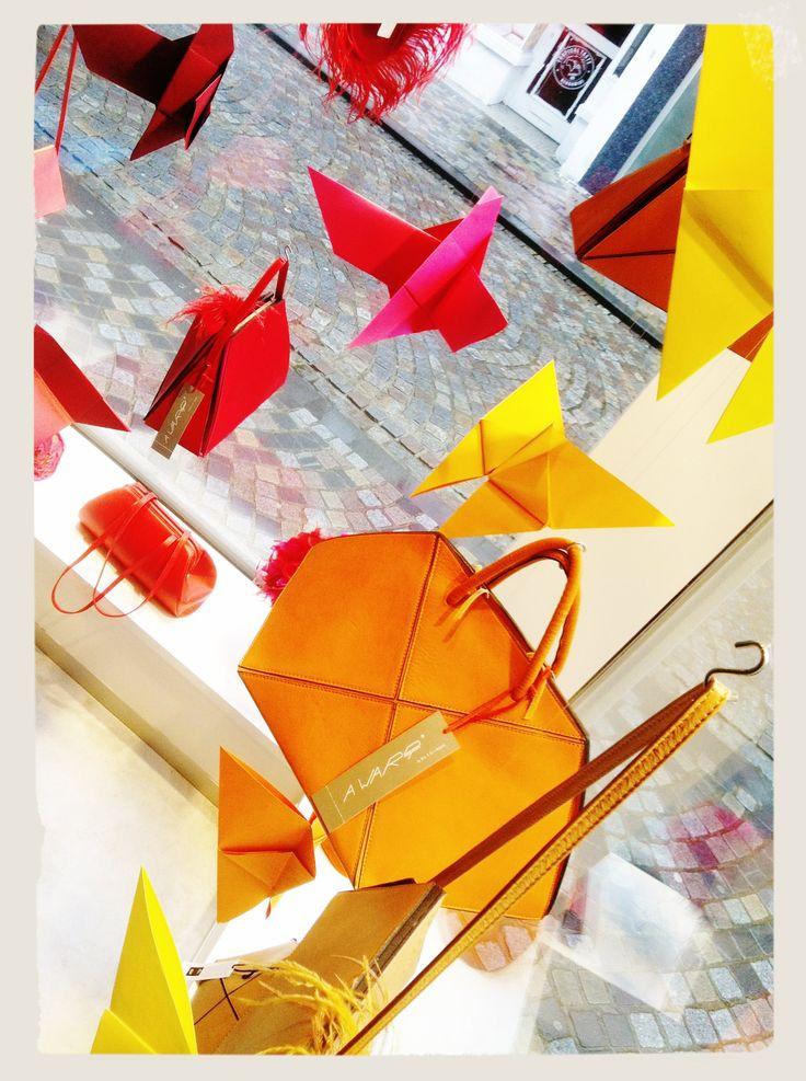 origami - etalage - window display - shop - awardt - www.awardt.be