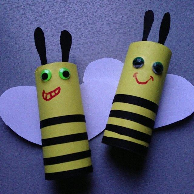 """""""Le petit bricolage du soir ! #abeille #rouleaupq"""""""