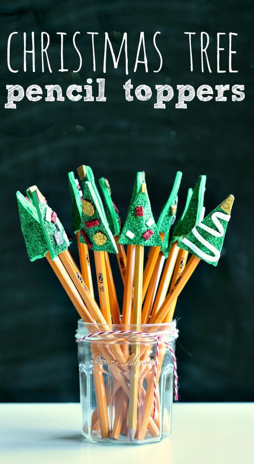 Encourage writing with these cute DIY Christmas tree pencil toppers. Perfect class gift. From @noflashcards