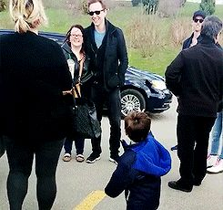 Spiderman vs Tom Hiddleston. The kid's face is the happiest thing I've ever seen.