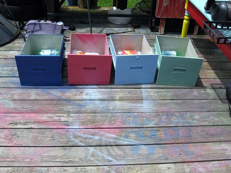 Light Your Yard with Old Drawers!
