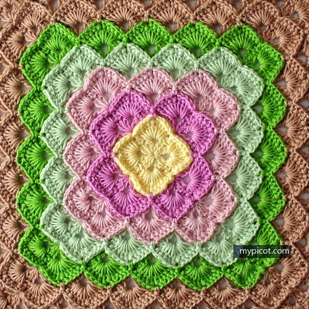 Free pattern @ MyPicot - box stitch for a square blanket